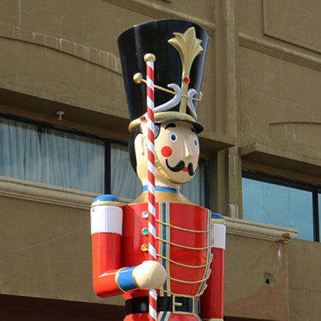 16 foot Toy Soldier