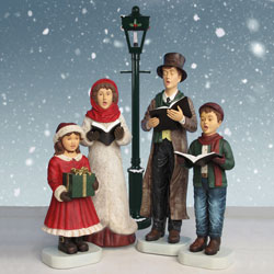 Carolers with Lamp Post